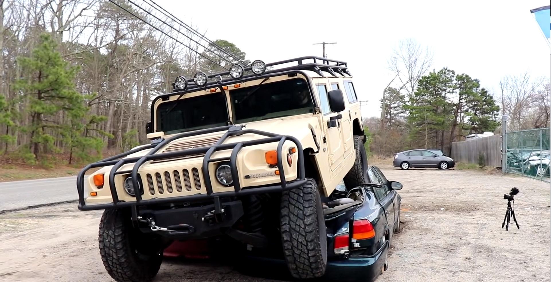 Tento Hummer H1 zrýchľuje ako roadster