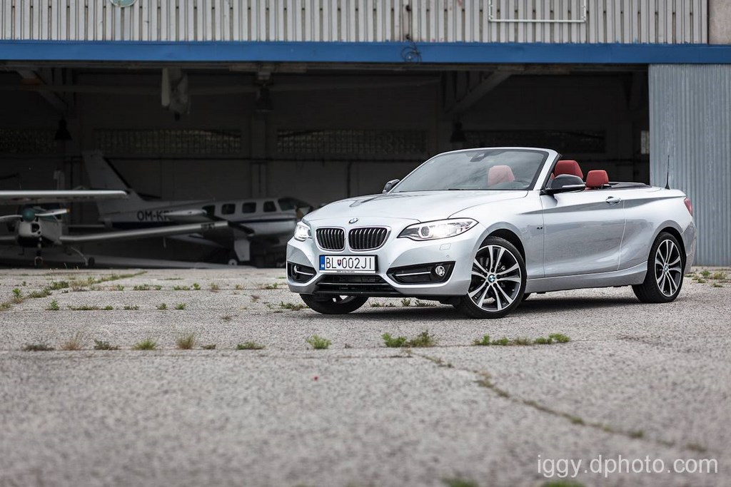 BMW 220i Cabrio