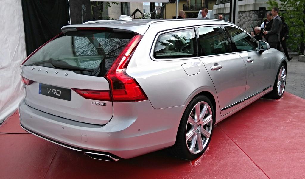 Volvo S90 a V90