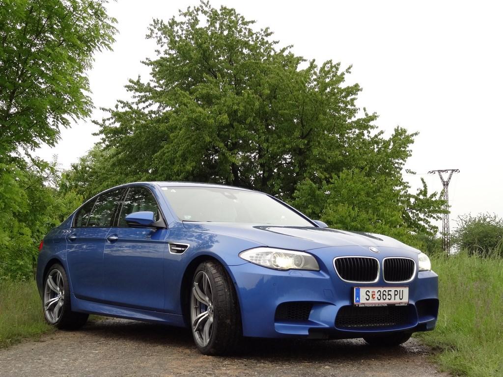 BMW M5 (F10) 4.4l V8 BiTurbo