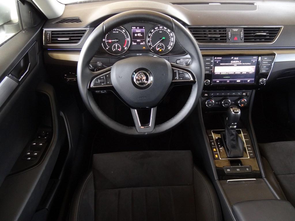 Škoda Superb Combi 2.0 TDi DSG 4x4