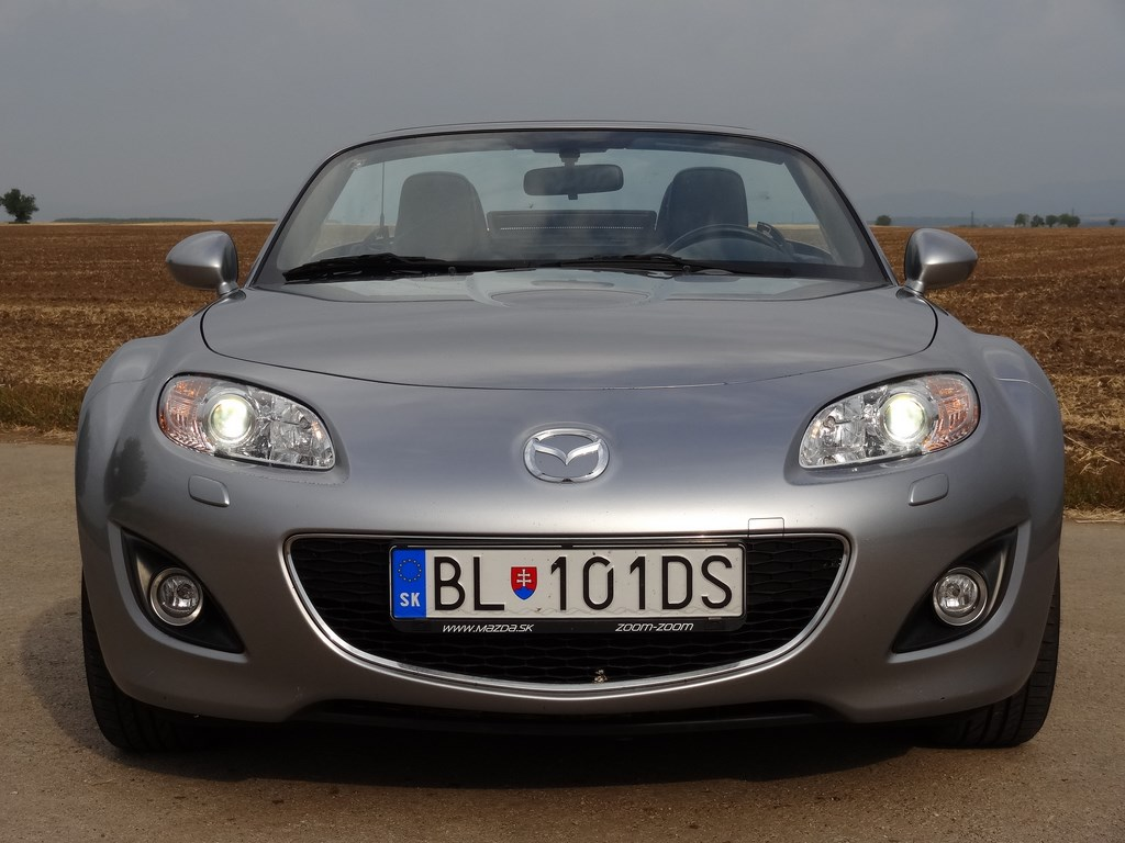 Mazda MX-5 2.0 Roadster Coupe