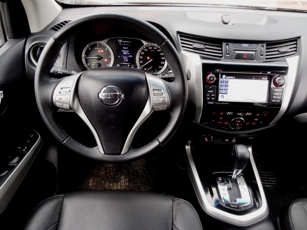 Nissan Navara 2.3 dCi Double Cab 4WD