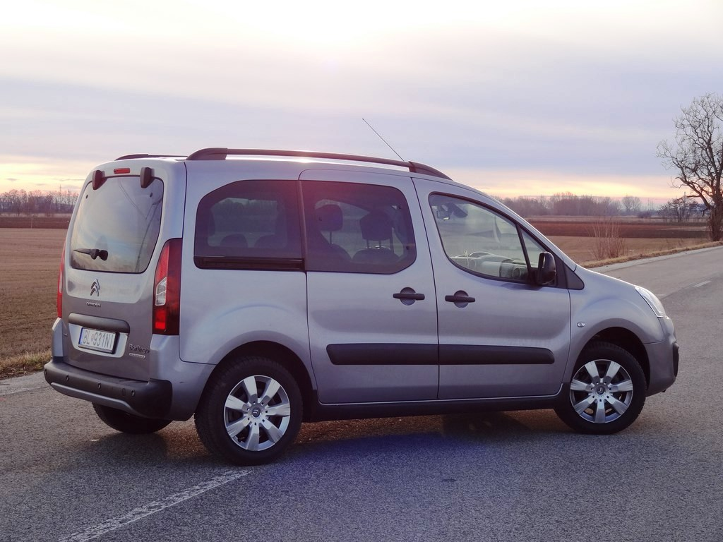 Citroën Berlingo BlueHDi 100 vs. VTi 120
