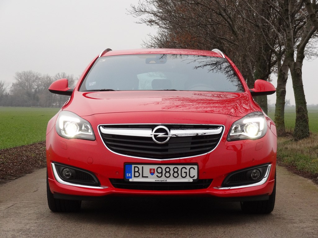 Opel Insignia Tourer 1.6 SIDI AT