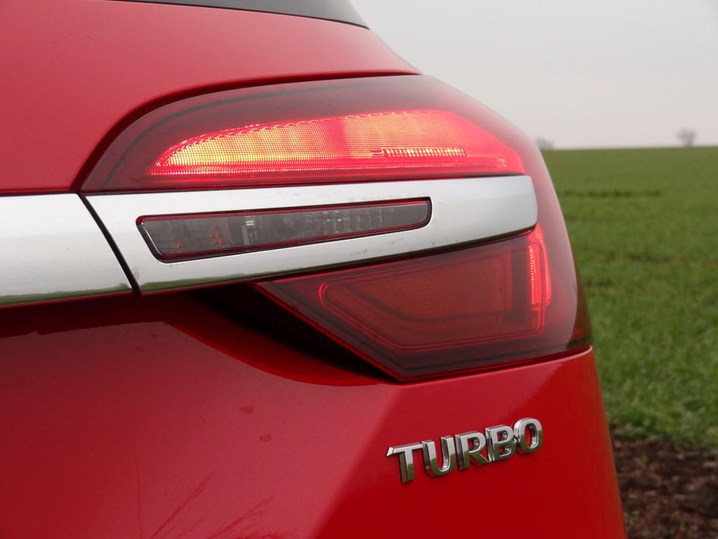 Opel Insignia Tourer 1.6 SIDI Turbo AT