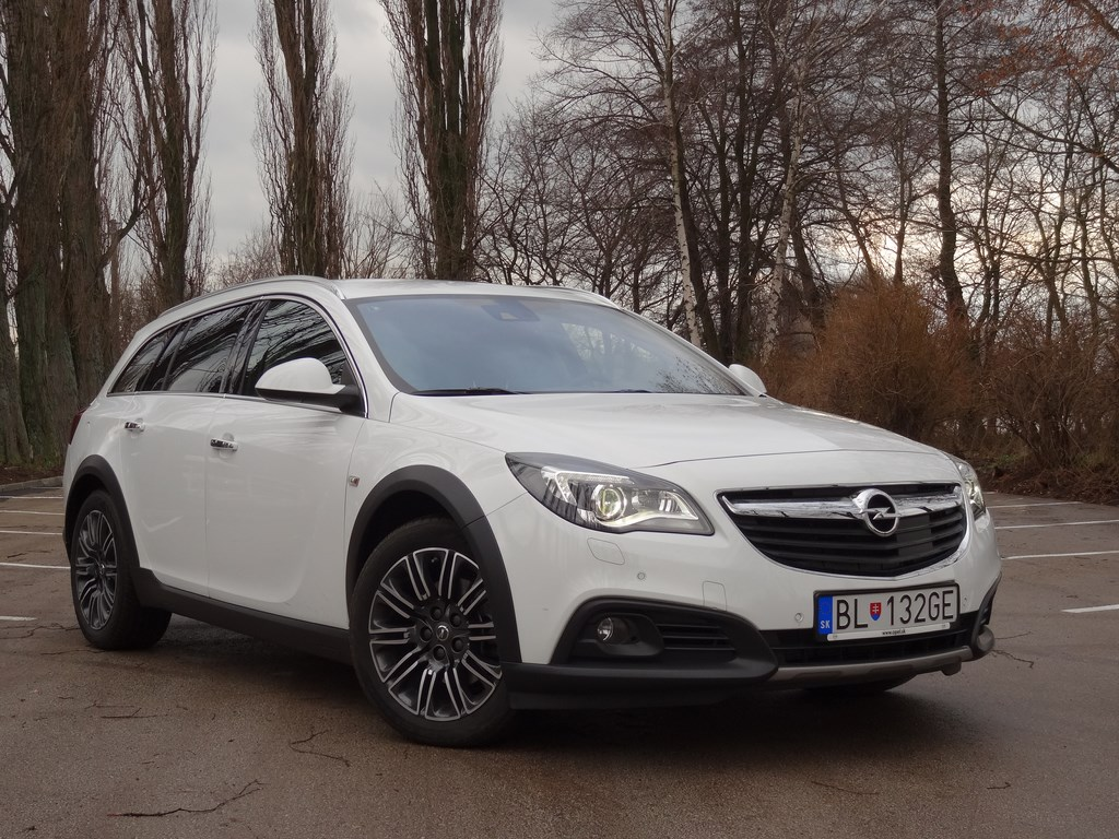 Opel Insignia Country Tourer 2.0 CDTI BiTurbo 4×4 AT