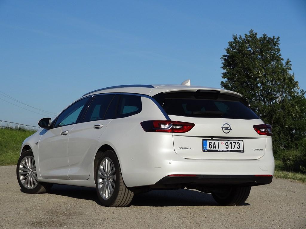 Opel Insignia ST 2.0 CDTI