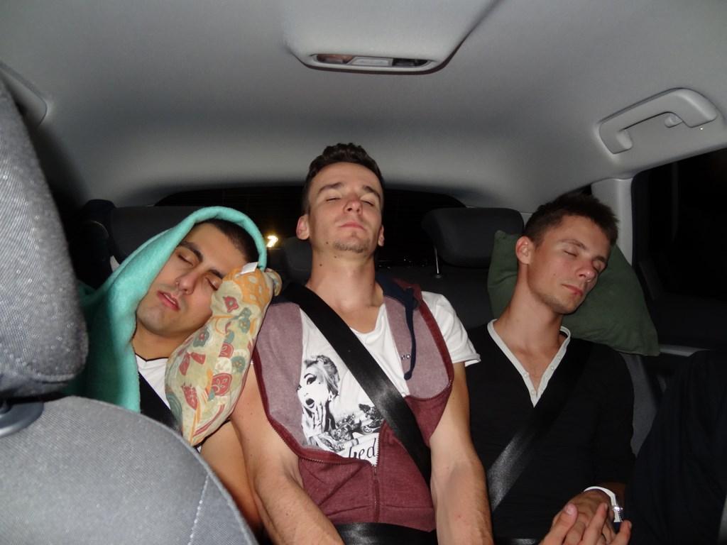 Spiaci pasažieri