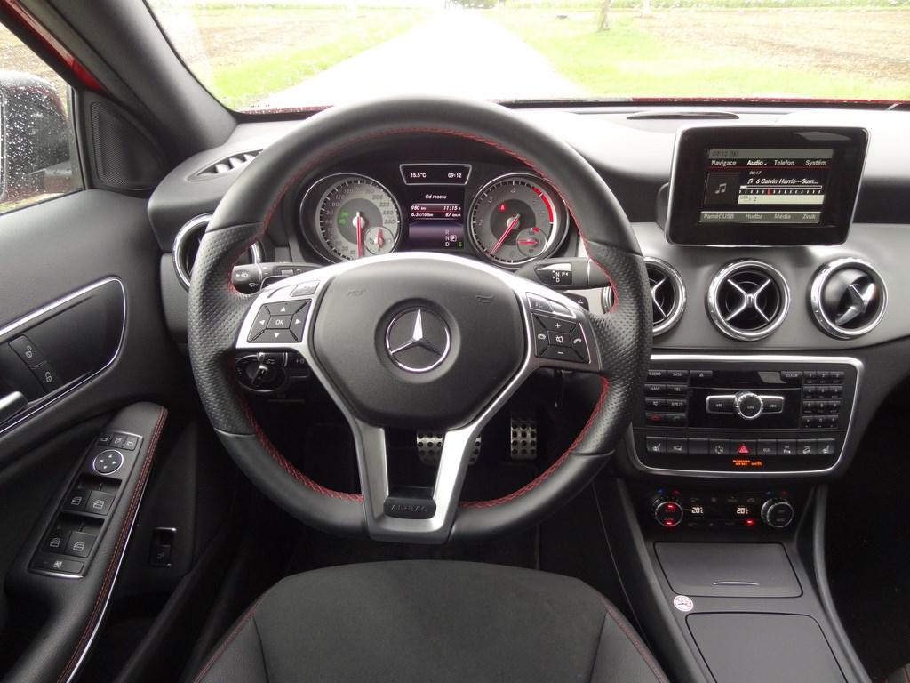 Mercedes-Benz GLA 220 CDI 4Matic 7G-Tronic