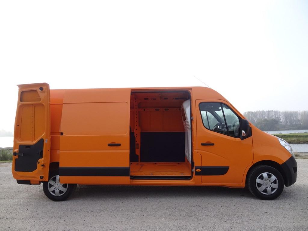 Renault Master 2.3 dCi L3H2