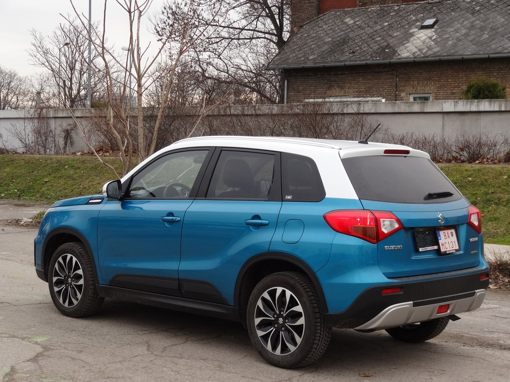 suzuki vitara 1 6 i vvt 4wd at webauto. Black Bedroom Furniture Sets. Home Design Ideas