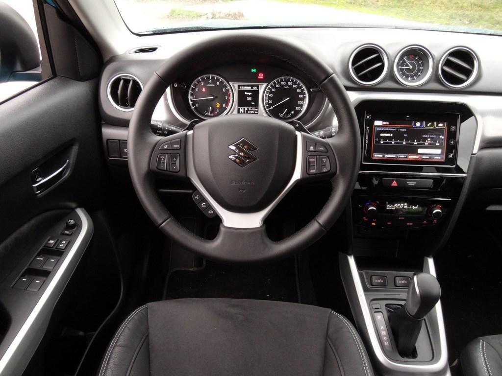 Suzuki Vitara 1.6 i-VVT 4WD AT