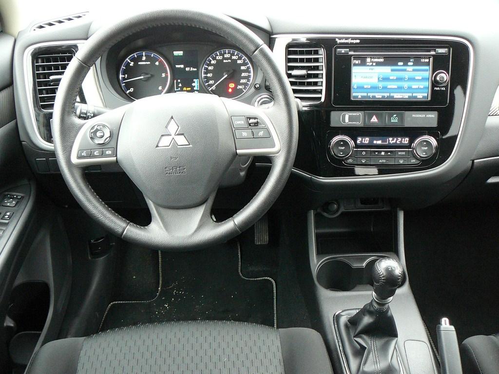 Mitsubishi Outlander 2.2 DI-D AWD